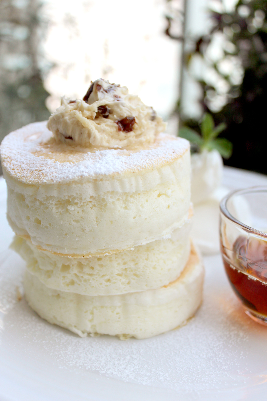 ホワイトスフレパンケーキ